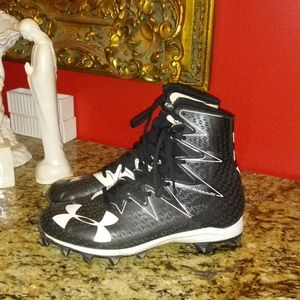 0218 Under Armour Cleats